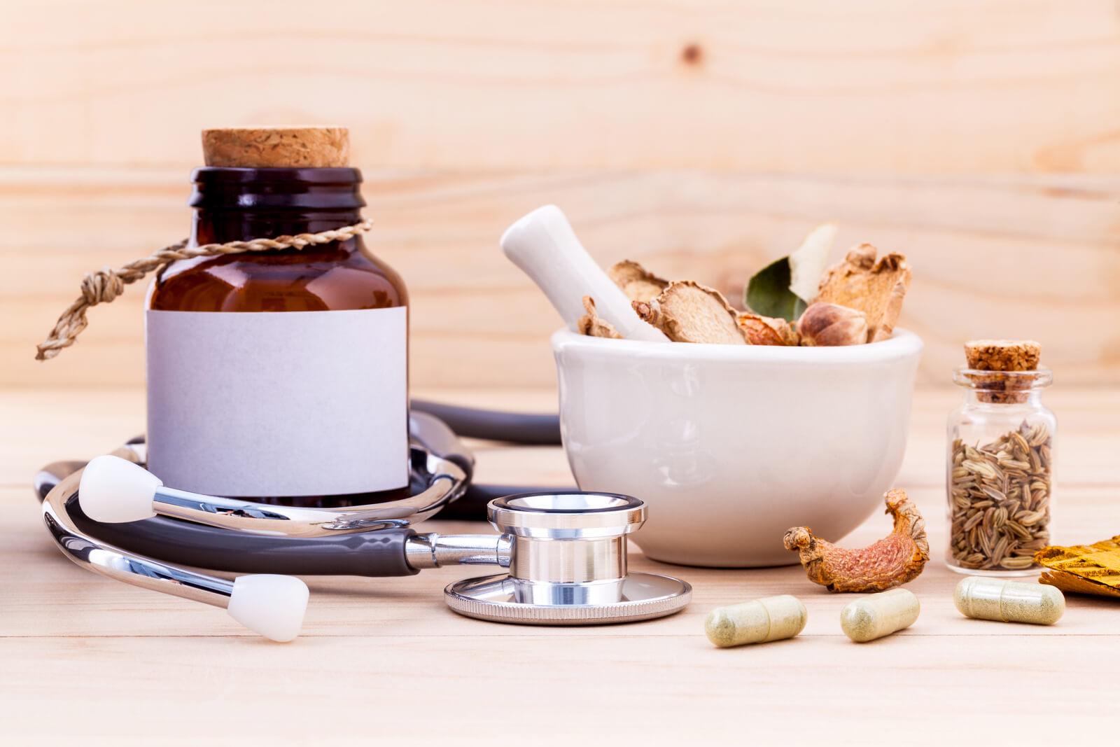 Using other antifungal spices along with cinnamon bark powder is a great way to create an effective home remedy for Candida problems.