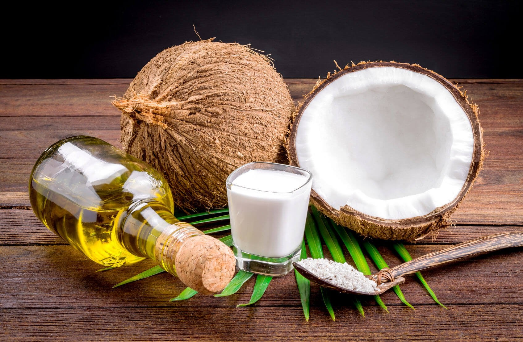 Coconut oil, with all its fatty acids, makes a powerful at home yeast killer!